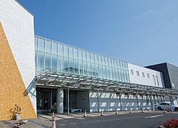 日進市立図書館 約3,250m(自転車14分)