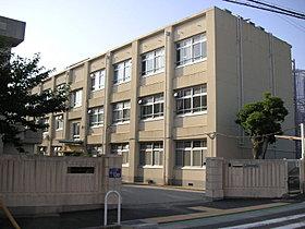 舞子小学校 (約320m 徒歩4分)