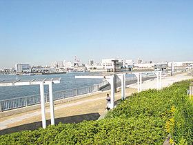 船橋港親水公園徒歩5分