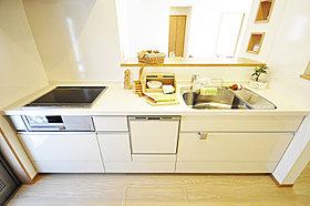 <キッチン施工例>IH・食洗機・浄水器・人造大理石天板