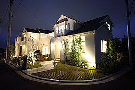 時が経つほどに魅力的に変身する家はいかがでしょうか。