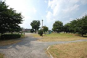 区画整理地内の大きな藤沢中央公園