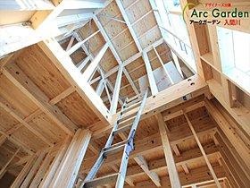 2階は全室6帖以上ローゼットもありお部屋を快適に使えます