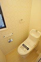 1F・2Fともに節水型ウォシュレット付トイレ!