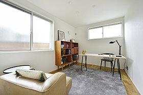窓枠(三辺)なしになりお部屋全体をすっきりとした印象にします