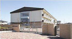 新校舎がきれいな「高坂小学校」