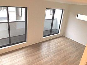 ◆暖かな陽射しが舞込むリビング!全窓複層ガラス採用!