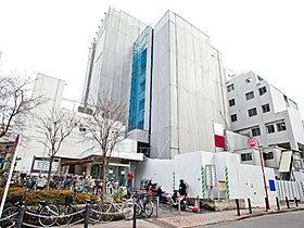 板橋区医師会病院・・・約1200m(徒歩15分)