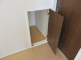 ●無駄なスペースをなくし収納スペースに!