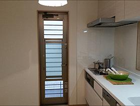 食洗機・ビルトイン浄水器付システムキッチン