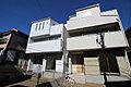 JR中央線「東小金井」駅から徒歩12分。カースペース2台、床暖房、食洗機が標準装備の家