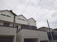 建物見れます 月々7万円〜 「南太田駅」徒歩6分 大きな庭付きの2階建 京急本線・地下鉄徒歩10分圏