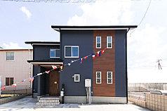カリフォルニアスタイルの新築一戸建 所沢市下安松