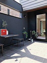 屋外庭園テラスリビングのあるデザイナーズハウスclimatひばりヶ丘321