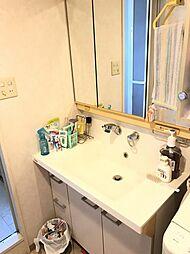 使い勝手の良い収納付洗面台