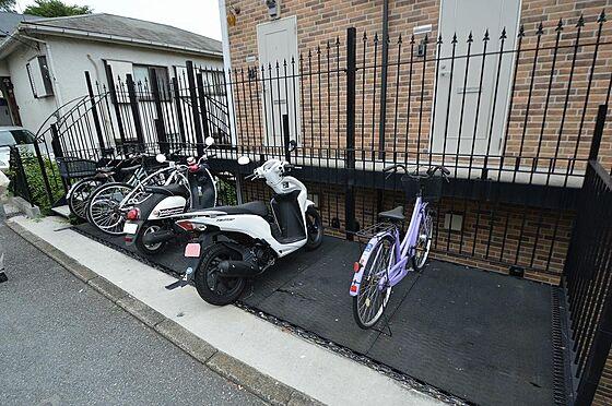 アパート-横浜市中区本郷町3丁目 入居者専用駐輪スペース