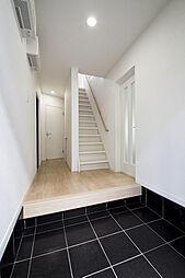 広々開放的な玄関スペース