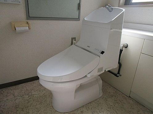 マンション(建物全部)-名古屋市東区代官町 ウォシュレット機能のついた共用トイレ