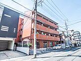 浦安駅徒歩12分。新浦安駅利用可能(消防本部前バス停まで徒歩4分・バス乗車9分)。