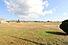 釣が崎公園そば。敷地約985坪。東西両面道路付。