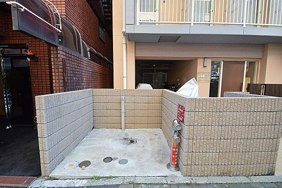 マンション(建物全部)-川崎市川崎区南町 敷地内にゴミ捨て場あり