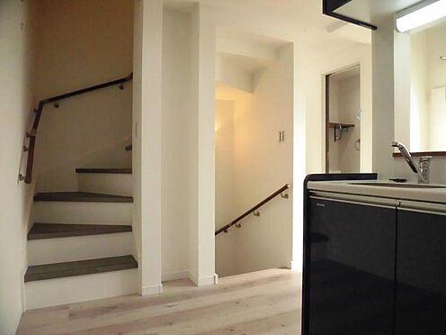 アパート-目黒区緑が丘1丁目 2階 ロフトへの階段 105