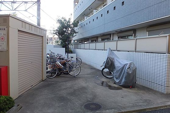 マンション(建物全部)-習志野市津田沼2丁目 敷地東エリアにある駐輪スペース