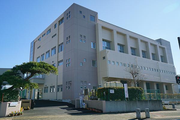 市立旭中学校 約580m(徒歩8分)