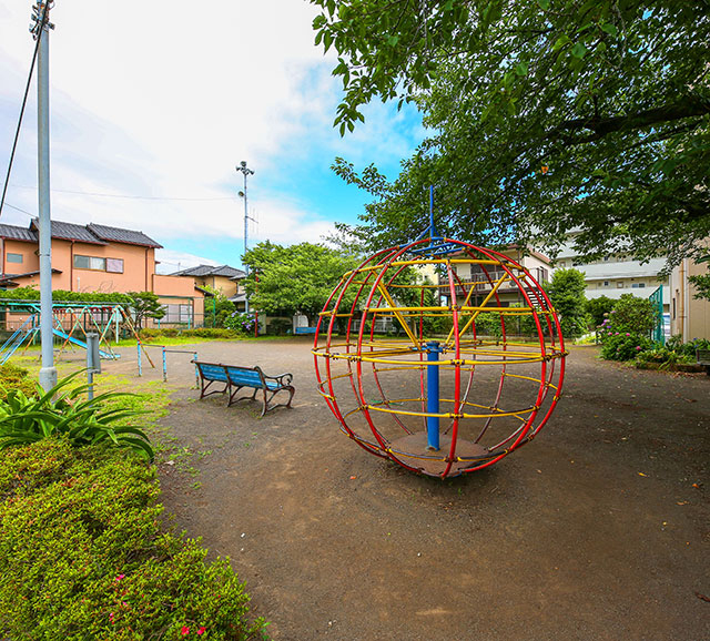 本田町公園 約150m(徒歩2分)