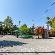 代々木西原公園 約30m(徒歩1分)