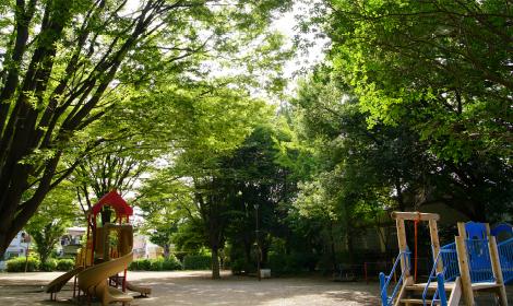 竹林公園 約750m(徒歩10分)