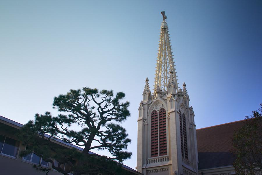 カトリック夙川教会 約320m(徒歩4分)