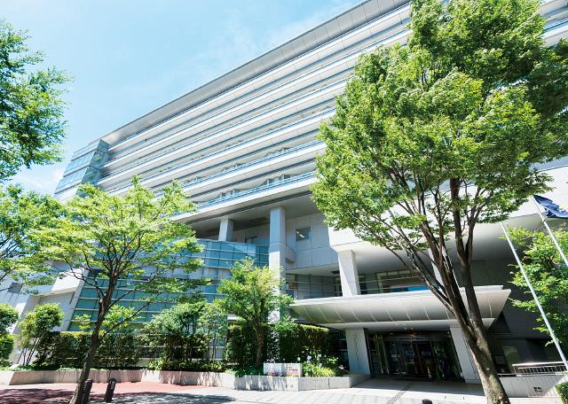 昭和大学横浜市北部病院 約480m(徒歩6分)