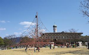県営春日公園 約1,430m(自転車8分)