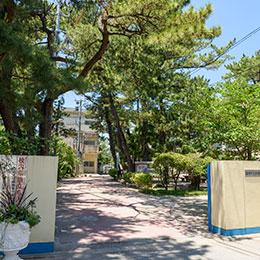 百道中学校 約2,300m(徒歩29分)