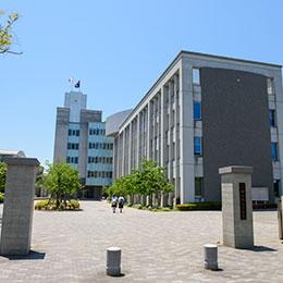 修猷館高等学校 約1,050m(徒歩14分)