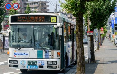 「井堀四角(南側)」バス停 約410m(徒歩6分)