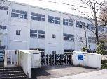 明野東小学校 徒歩10分(約740m)