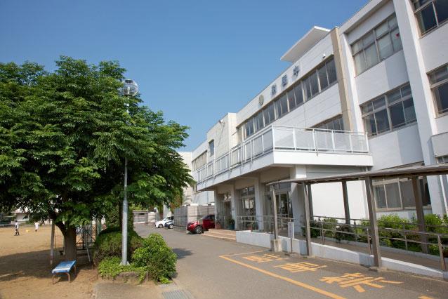 高知大学教育学部附属中学校 約290m(徒歩4分)