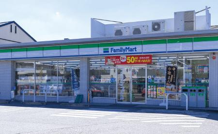 ファミリーマート 豊田若宮店 約30m(徒歩1分)