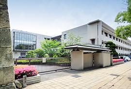 淳心学院 中学・高等学校 約420m(徒歩6分)