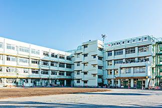 東京都北区立 堀船小学校 約210m(徒歩3分)