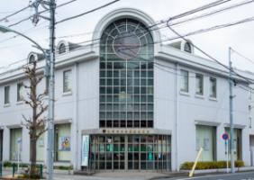 亀有信用金庫綾瀬支店 約590m(徒歩8分)