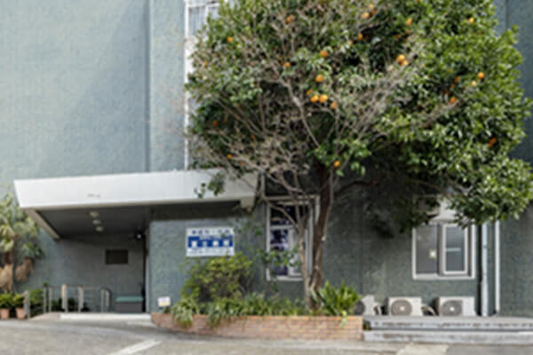 富士病院 約540m(徒歩7分)