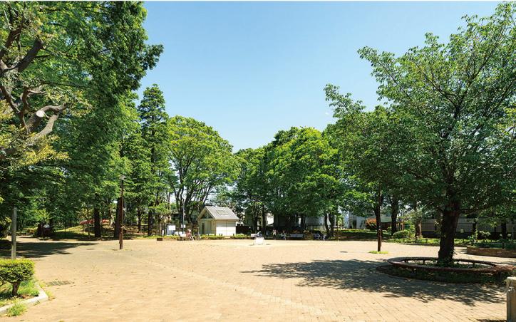駒沢緑泉公園 約280m(徒歩4分)
