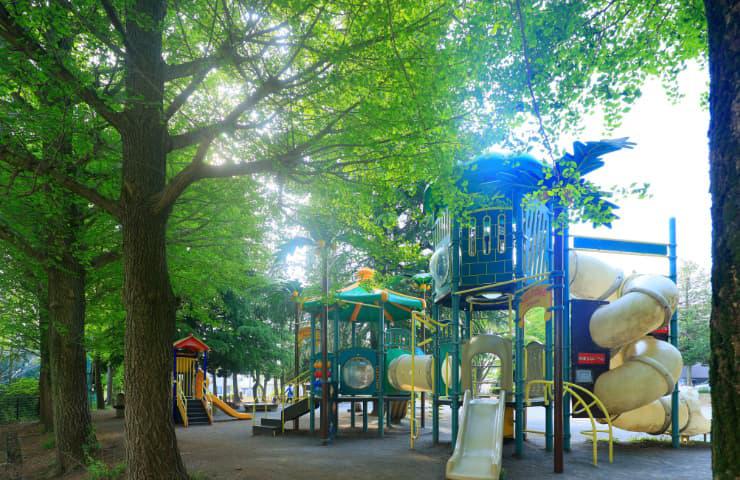宮崎第三公園 約350m(徒歩5分)