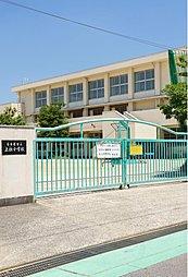 名古屋市立上社小学校 (徒歩2分・約160m)