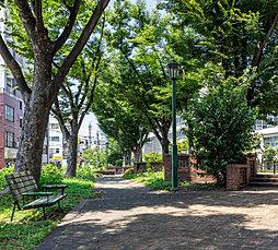 花表東公園 約60m(徒歩1分)