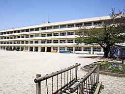 市立昭和小学校 約690m(徒歩9分)