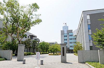 修猷館高等学校 約1,270m(徒歩16分)